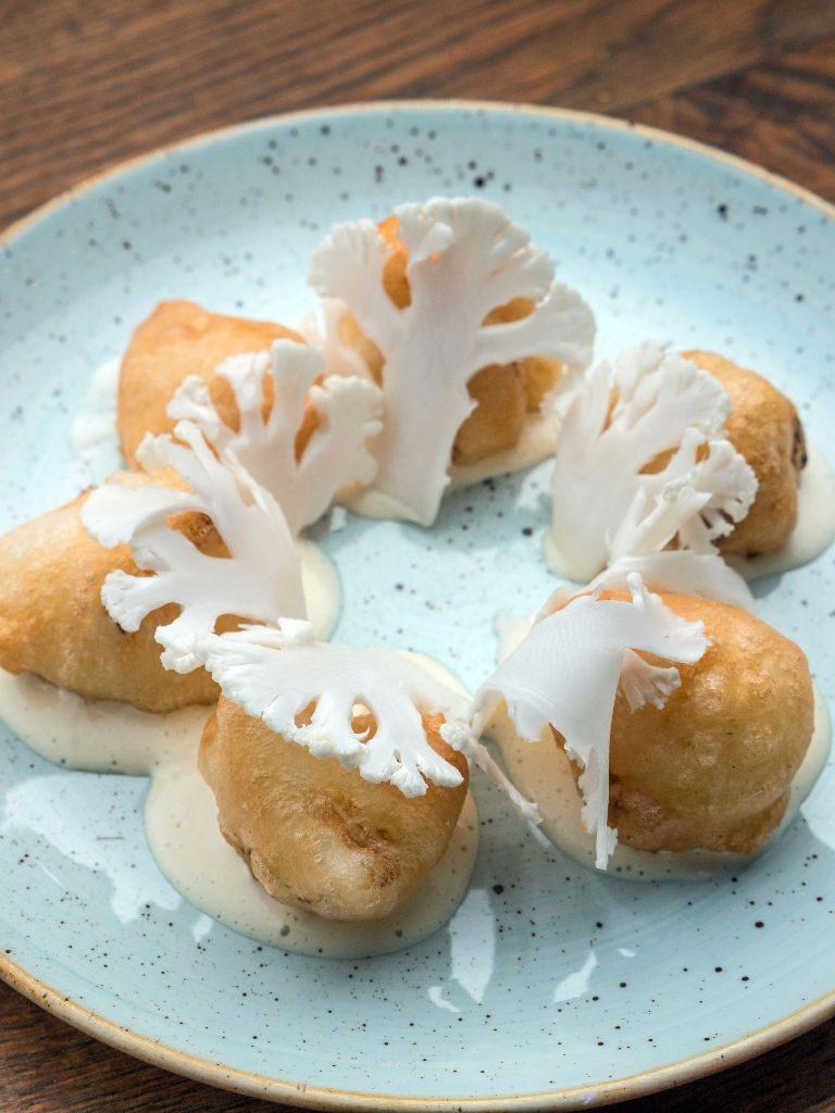Cauliflower tempura