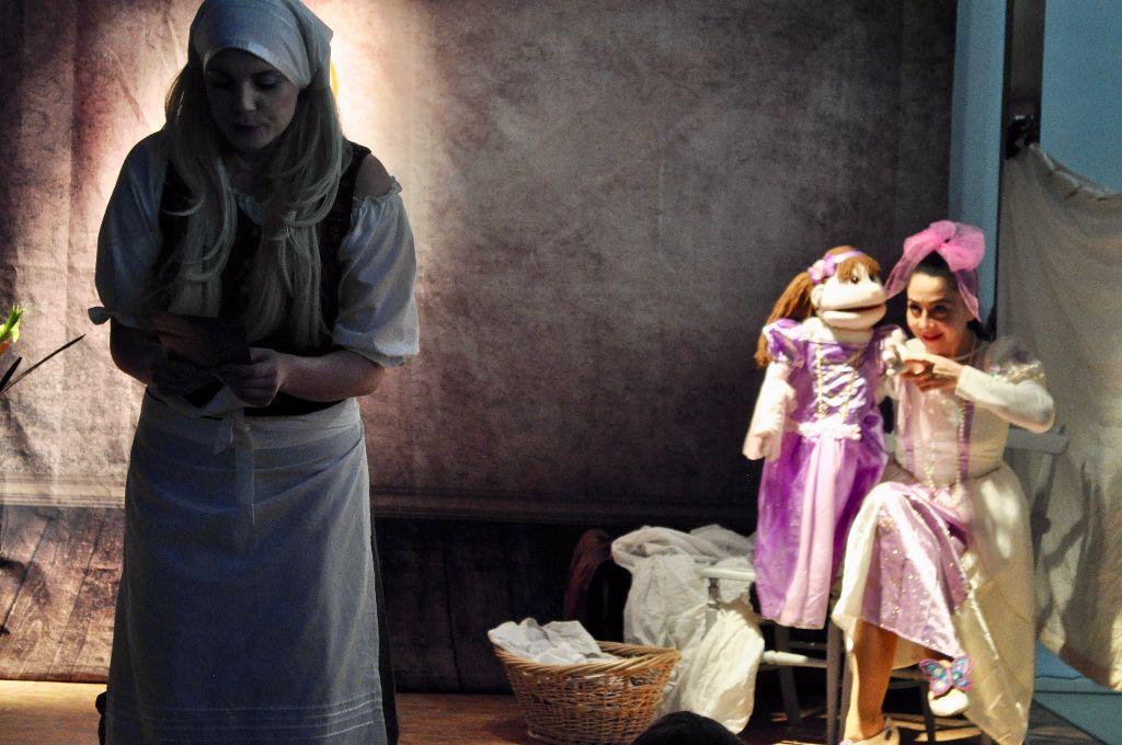 Cinderella's Christmas Wish